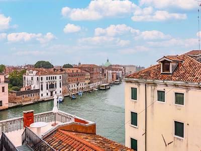sale-apartment-venezia-via-cannaregio
