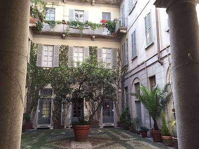 rent-apartment-milano-via-lanzone
