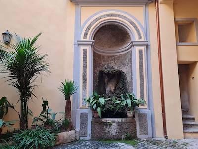 rent-other-roma-via-sistina