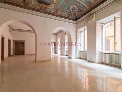 sale-office-roma-piazza-ss-apostoli