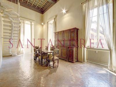 sale-apartment-roma-via-frattina