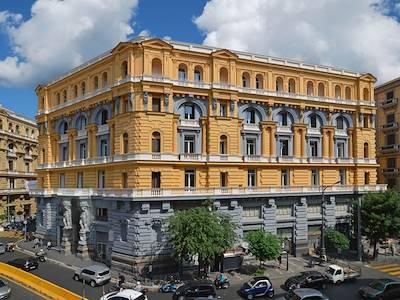 sale-apartment-napoli-piazza-nicola-amore