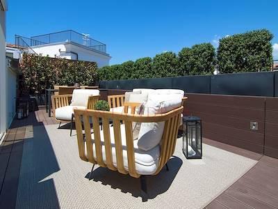sale-attic-penthouse-napoli-piazza-nicola-amore