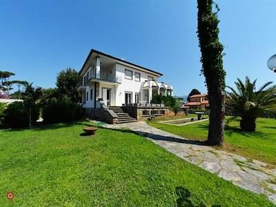 vendita-villa-marina-di-pietrasanta-pietrasanta