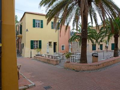 sale-detached-house-varigotti-finale-ligure-piazza-cappello-da-prete