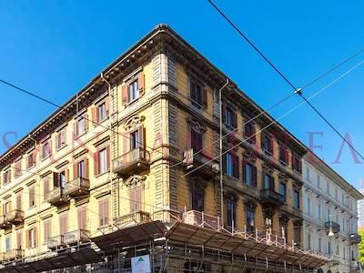 sale-apartment-torino-via-cernaia